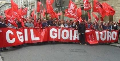 La_Cgil_Della_Piana_di_Gioia_Tauro_allo_Sciopero_Gerale_della_provincia_del_23_maggio_2003