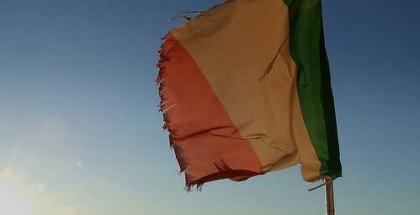 bandiera-strappata2