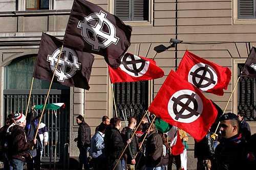 A Catanzaro sfilerà solo il corteo antifascista