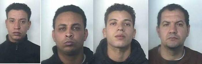 Reggio Calabria, banda di contraffattori sgominata dai Carabinieri: arrestati 4 marocchini detenevano anche stupefacenti