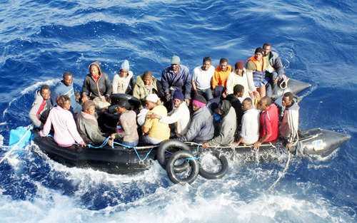 Oltre 700 migranti in arrivo a Crotone Predisposto il piano di accoglienza