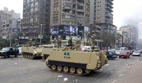 Egitto, quasi 100 i morti. Il Governo si è dimesso