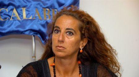 Ferro (FDI): zona rossa in Calabria immotivata e disastrosa per l'economia regionale L'ipotesi del governo di istituire zona rossa in Calabria è immotivata, ingiusta, e rischia di dare un colpo mortale al fragile tessuto economico regionale