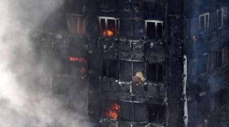 Incendio a Londra, brucia grattacielo di ventisette piani In fiamme la Torre Grenfell a Latimer Road, zona ovest, in cui risiedono 500 persone. Ci sono numerose vittime