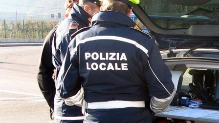 Reggio Calabria, 5 giovani sanzionati per mancato distanziamento Operazione della polizia locale
