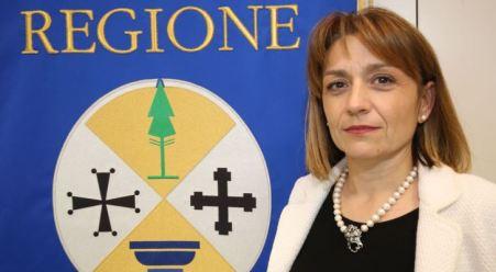 L'assessore Angela Robbe rimette le deleghe al presidente della Regione, Mario Oliverio