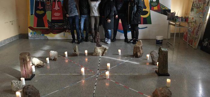 La magia di Stonhenge al Liceo artistico di Cittanova Grande successo per l'installazione curata dalla Prof.ssa Cutri' nell'ambito dell'Open day