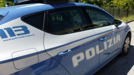 Minaccia con pistola compagno ex moglie: arrestato reggino L'uomo è stato bloccato dalla Polizia di Stato