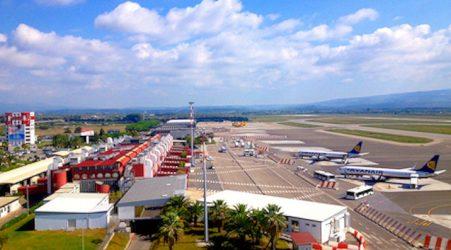 I sindacati chiedono la  sanificazione  aeroporti Lamezia Terme, Reggio Calabria e Crotone