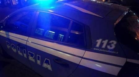 Un 25enne arrestato due volte in due giorni in Calabria Dopo un rocambolesco inseguimento, viene arrestato dalla Polizia di Stato, per il reato di resistenza a Pubblico Ufficiale; il giorno seguente evade dai domiciliari e viene arrestato nuovamente