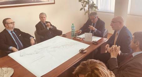 Porto di Gioia Tauro, visita del patron di Msc Gianluigi Aponte Nel suo saluto alle Istituzioni il numero uno di Msc ha tenuto a sottolineare l'importanza del lavoro fatto fino ad oggi
