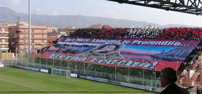 Serie C : finisce in parità il big match Reggina-Bari Denis porta avanti gli amaranto. Perrotta li riprende. Grandissimo spettacolo sugli spalti tra le due tifoserie