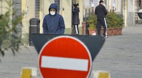 """Covid, la Calabria a rischio """"zona rossa"""" già da lunedì con il nuovo Dpcm Il ministro della salute Roberto Speranza, preoccupato per l'aumento della curva dei contagi in molte regioni d'Italia"""