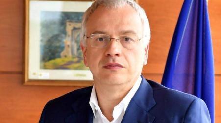 'Ndrangheta, Chiesti otto anni di reclusione per l'ex assessore regionale Talarico Il processo è incentrato sui presunti rapporti tra alcune cosche del crotonese con imprenditori ed esponenti della pubblica amministrazione