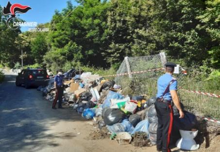 Sequestrate tre discariche non autorizzate nel reggino Rilevata la presenza di diversi quintali di rifiuti pericolosi e non pericolosi accatastati alla rinfusa ed in piena vista