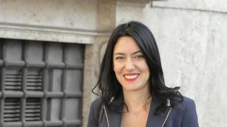 """Il ministro Azzolina in Calabria, scuola, """"a settembre si riparte in sicurezza"""" Dopo Catanzaro farà tappa a Locri per la firma di un protocollo tra il ministero dell'Istruzione e la presidenza della commissione parlamentare antimafia"""