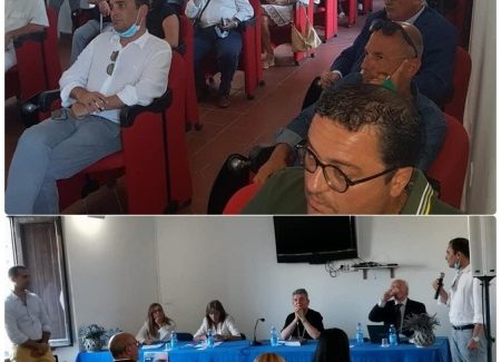 Anas incontra le istituzioni In appena due giorni l'associazione Anas, rappresentata dal suo presidente regionale, l'Ardorese Gianfranco Sorbara, ha incontrato prima a Gerace, nel corso di una manifestazione promossa dal Comune