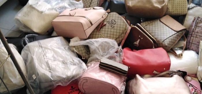 Reggio Calabria, 150 borse contraffatte sequestrate dalla polizia locale Per un valore di 7.00,00 euro