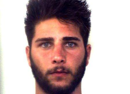 """Taurianova, """"truffa dello specchietto"""", arrestato il giovane truffatore. VIDEO Ritenuto responsabile del reato di truffa aggravata,  in danno di un 80enne taurianovese"""