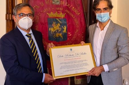 """Reggio Calabria saluta Roberto Di Bella Il sindaco Falcomatà: """"Concittadino onorario che lascia un segno indelebile nella nostra Città"""""""
