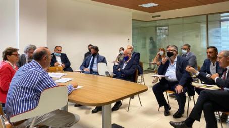 """D'Ippolito (M5S) e Furgiuele (M5S) incontrano la struttura commissariale """"Necessaria convergenza politica per rilanciare i servizi in città e nel comprensorio"""""""