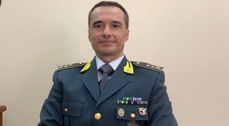 Il GdF, Tenente Colonnello Luca Pirrera è il nuovo comandante del gruppo di Lamezia Terme In passato ha prestato servizio presso il Comando Generale del corpo e ricoperto incarichi operativi in Sicilia e Lombardia