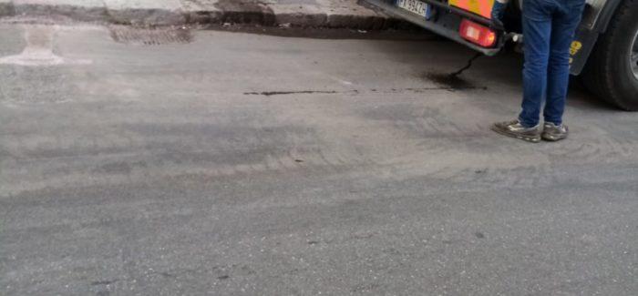 Reggio Calabria, guasto alle condotte fognarie nel popolare quartiere di Santa Caterina Duplice riparazione-flash di Castore su input dell'assessore Albanese