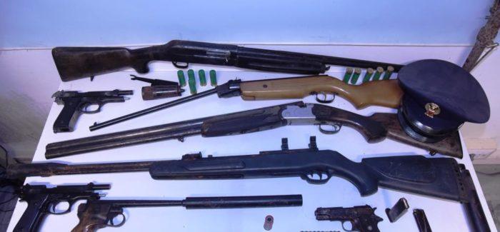 Polizia di Stato: Il Commissariato di polizia  di Condofuri esegue due arresti in flagranza dei reati Il reato contestato detenzione abusiva di armi clandestine  e detenzione di stupefacenti ai fini di spaccio