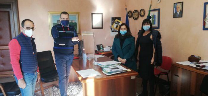 Isola Capo Rizzuto, villa Comunale, consegnati i lavori per il ripristino e la fruizione Continua senza sosta il lavoro del sindaco