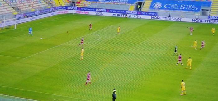 Serie B : Frosinone e Reggina si dividono la posta A Folorunsho risponde Tabanelli su rigore per un risultato di parità giusto per quanto espresso dalle due sqaudre in campo