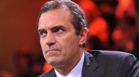 Elezioni regionali in Calabria, una forma di desistenza nel PD per aiutare De Magistris?  In attesa della discesa in campo di Mario Oliverio? VIDEOEDITORIALE DEL DIRETTORE LUIGI LONGO