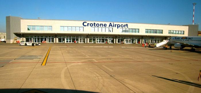 Inutile sperperare denaro per un aeroporto a Sibari perche' sarebbe la fine anche di quello di Crotone