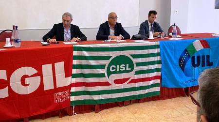 La Calabria, fra le 248 regioni d'Europa, rischia di non programmare i fondi europei Per la mancanza di un governo regionale titolato a farlo. Il Governo intervenga!