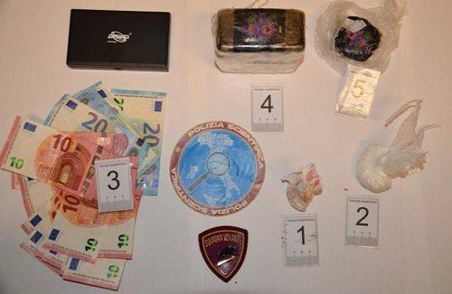 Catanzaro: la Polizia di Stato arresta in flagranza di reato un 26enne per detenzione di un grosso quantitativo di sostanza stupefacente