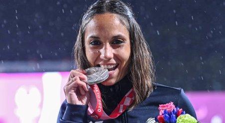 Paralimpiadi di Tokyo, Taurianova, Enza Petrilli è Medaglia d'argento. Grande Enza!!! In finale l'oro è per la campionessa, Zahra Nemati (già campionessa olimpica per ben due volte), un avversario molto ostico, ma l'atleta taurianovese non ha sfigurato
